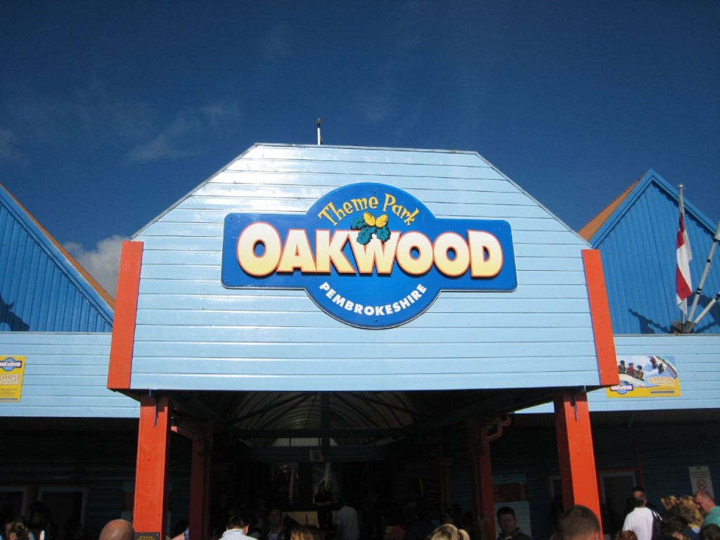 Self catering holiday cottage tenby pembrokeshire The oakwood